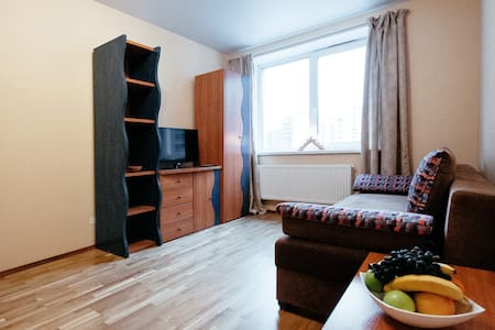 Комфортная квартира на Дыбенко (Кудрово) - Kudrovo