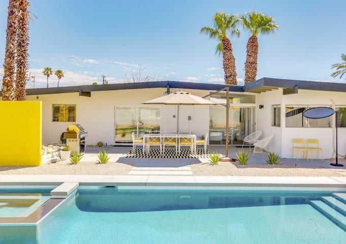Sunhaus modern hugh kaptur mid century home vacation for Pool show 5168