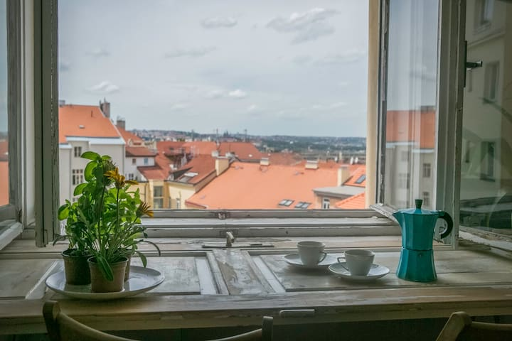 Small bright flat close to center - Praag - Appartement