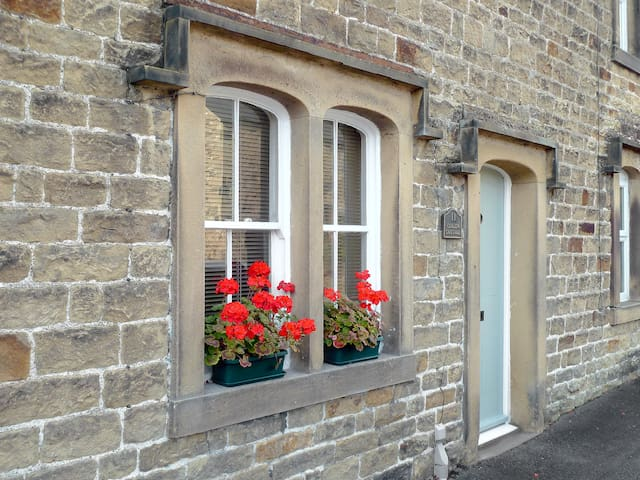 Curlew Cottage (DC5249)