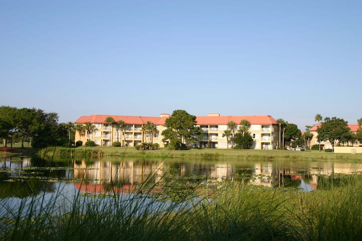 2/2 Condo Sleeps 8 by OC Convention Center/TBD8