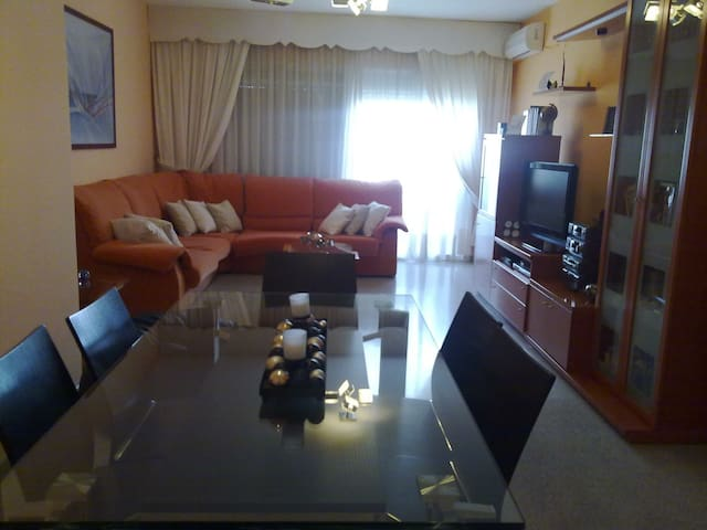 Big appartament with four bedrooms - Gandía - Apartamento