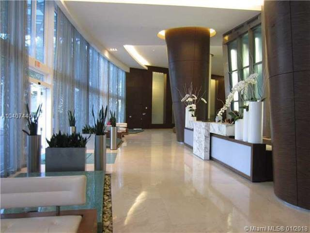 Luxury Penthouse (54 floor) 2 bdr Tramp Royale!