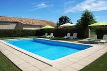 10 m x 5 m shared pool