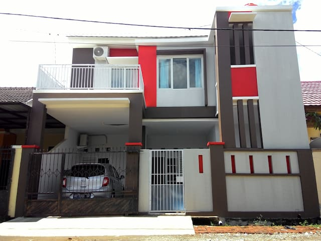 Homestay/Kosan YC Economic and Comfort