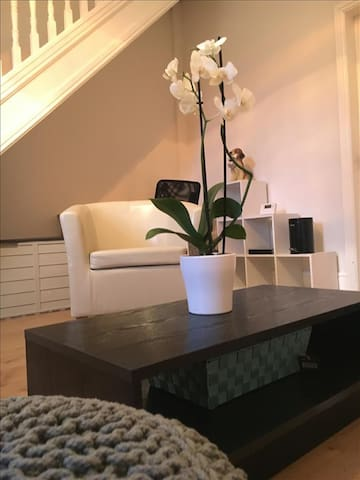 Curate Cottages - modern 3 bed house w/parking - Liverpool - Ház