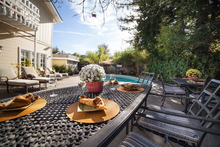 9bd/5ba Home Just 2 Blocks From Downtown Calistoga