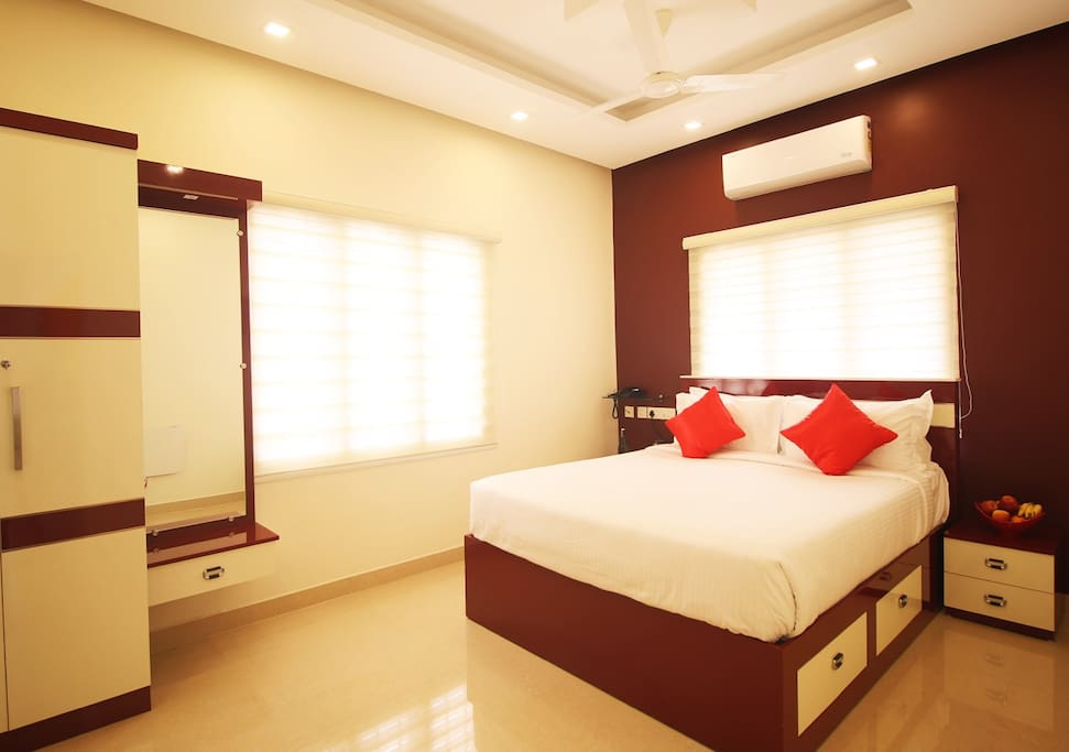 Executive DBL Bed Room