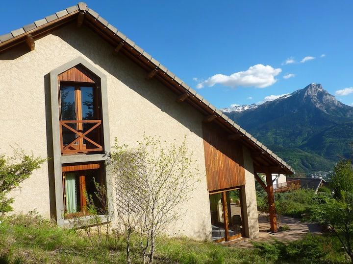 Maison Puy Sanières avec vue panoramique