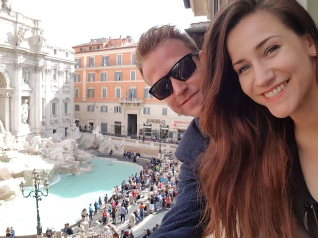 Lovely apart VIEW on Trevi Fountain
