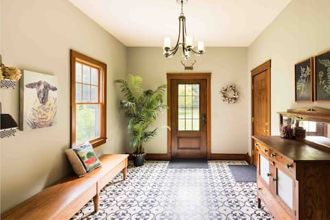 Yankee Springs Country Home Guest Suite