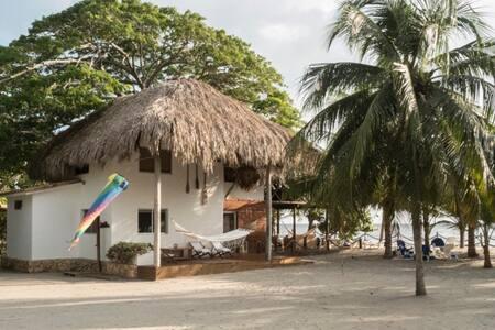 Rosa de los Vientos Playa Alegría - Tolu