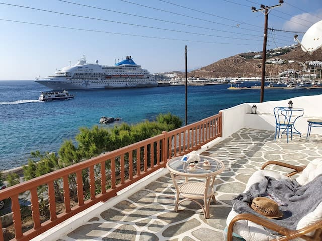 Casa Bianca in New Port Mykonos (3Bed)