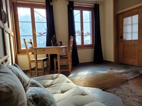 Kleines Bijoux im Ski- und Wandergebiet, Nähe ÖV