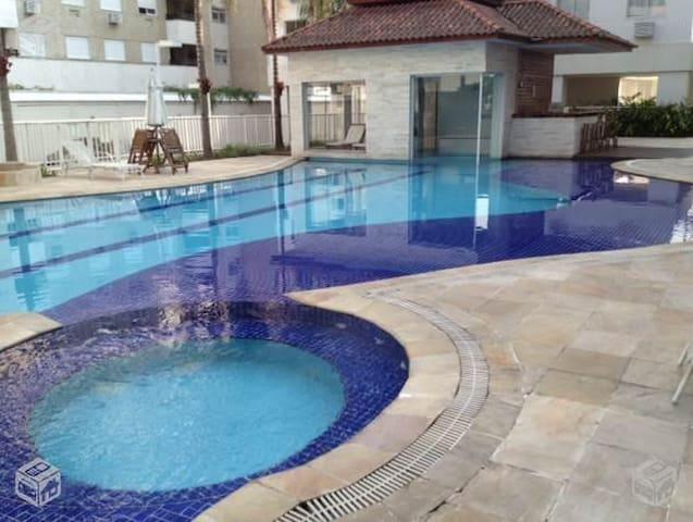 Apartamento completo 2 qts mobiliado local nobre. - Río de Janeiro - Departamento