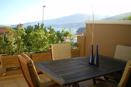 Sun and views throughout the year - El Rosario - Bed & Breakfast