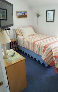 A Shore Thing at Charlestown Beach, LLC - Charlestown - Bed & Breakfast