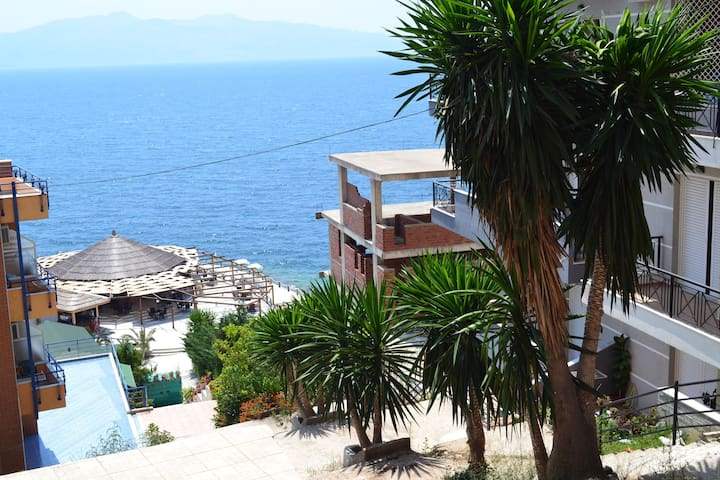 Best location for the view of the sea and Corfu. - Sarandë - Daire