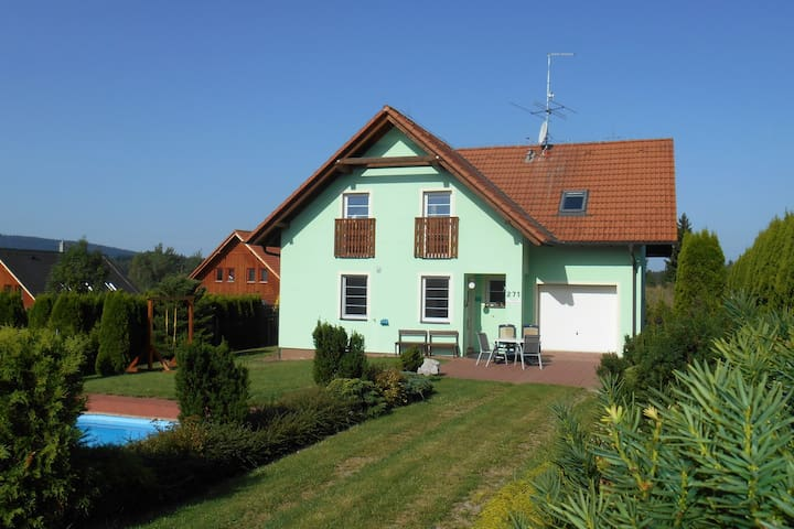 Delightful Villa in Frymburk with Swimming Pool