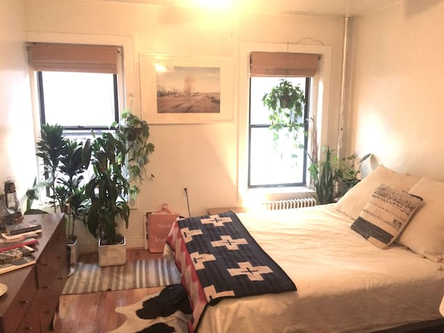 ENTIRE Soho apt all to yourself!!!