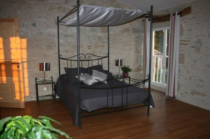 Chambre avec Spa, piscine, Sauna - Teyssode