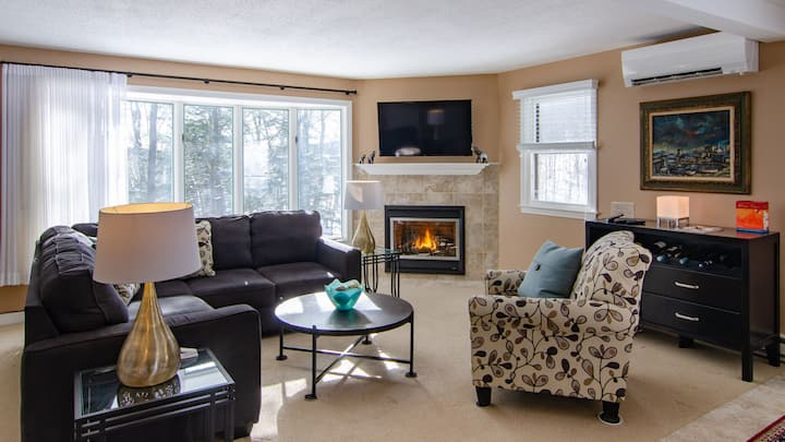 New to airbnb  3 bedroom 2.5 Bath Corner Home Quechee Lakes