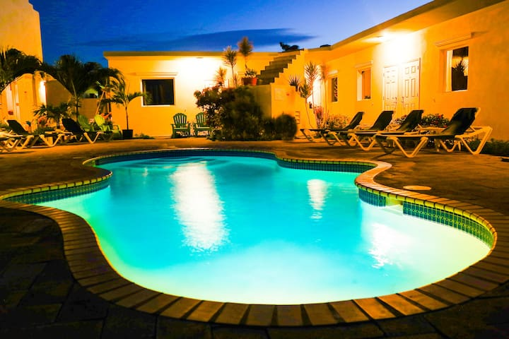 Agua Clara Eco Suites - Oranjestad