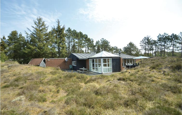 Holiday cottage with 3 bedrooms on 125m² in Rømø