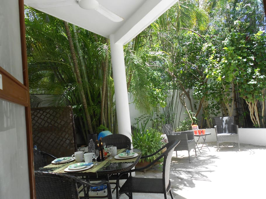 Garden and patio 100% private just for you.