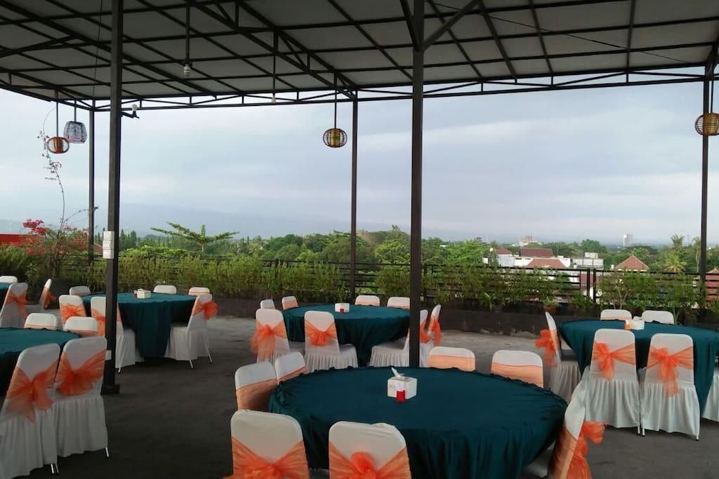 Roof Top restorant