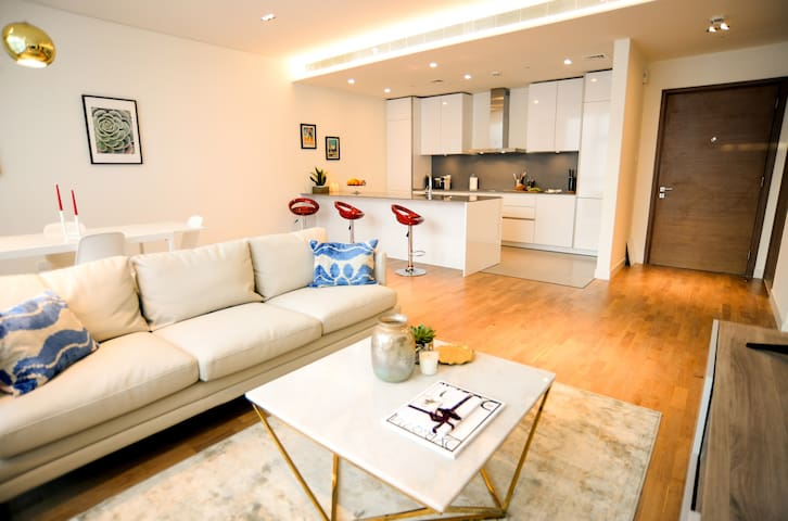 City Walk - Contemporary/Luxurious 1 Bedroom