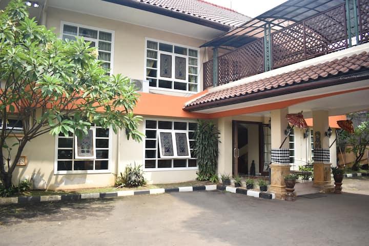 Puri Sawo Manila Residences