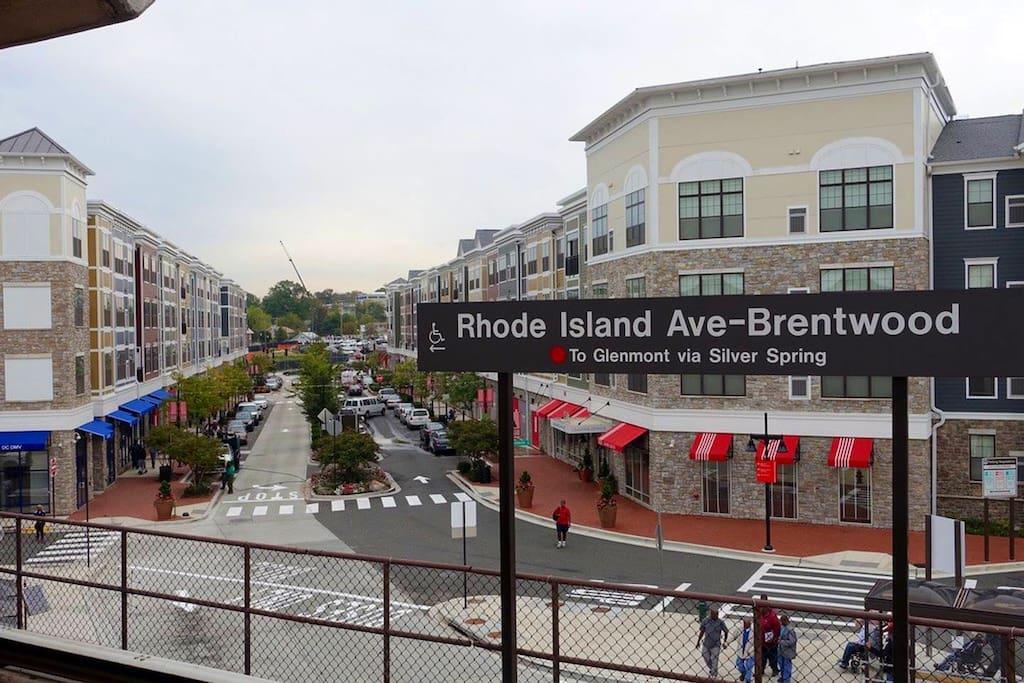 Rhode Island Metro (4 Blocks Away)