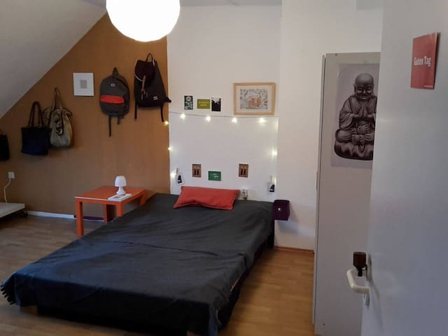 Cozy room in the heart of old town - Bielefeld - Byt
