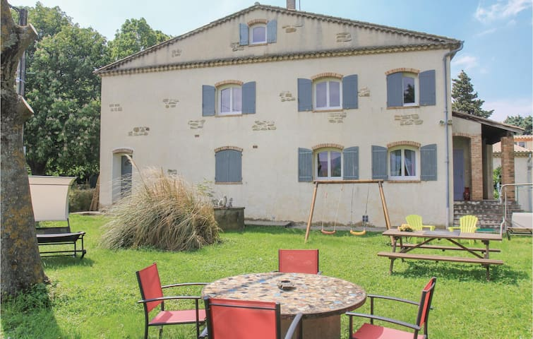 Holiday apartment with 1 bedroom on 41m² in La Bégude de Mazenc