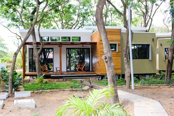 Casa Guanacaste Eco-Casita
