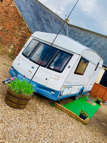 Beautiful little caravan in the heart of Rutland
