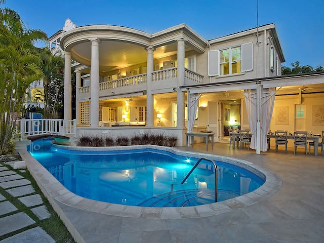 New Mansion, Beachfront, Paynes Bay
