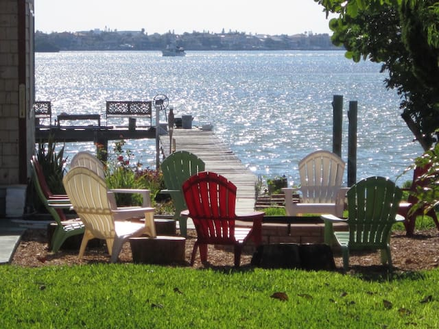 Baywaters Inn, Boca Ciega Bay, St Pete Beach, #3