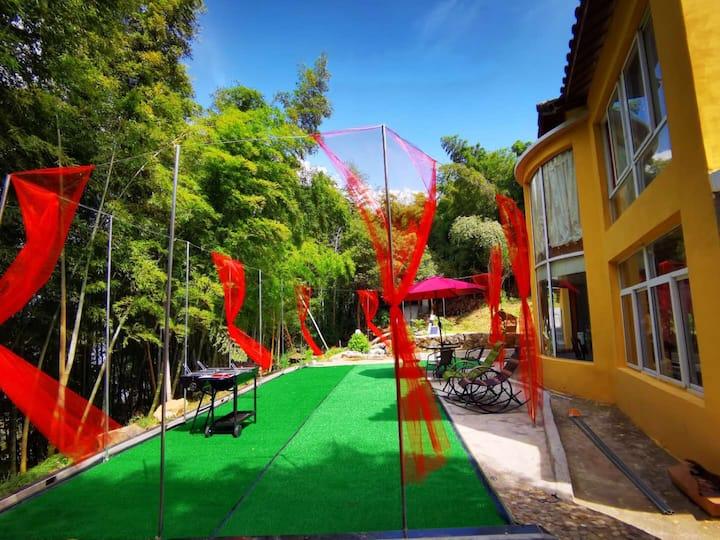 南山湖度假区 竹林小栈 麻将桌 烧烤轰趴 投影 小台球 位于江宁滨江开发区