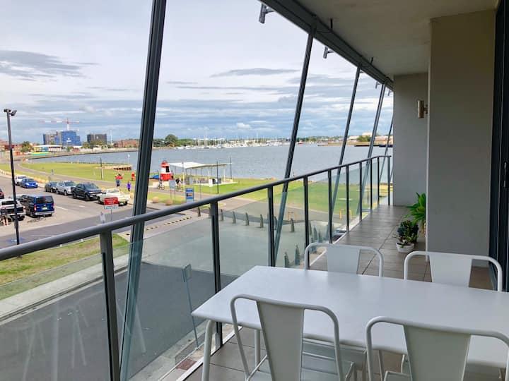 Harbourside apartment ideal for World Surf League