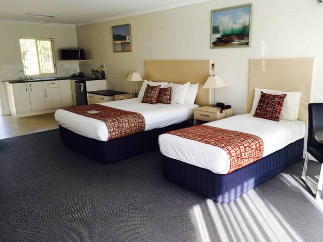 Spacious bedding area