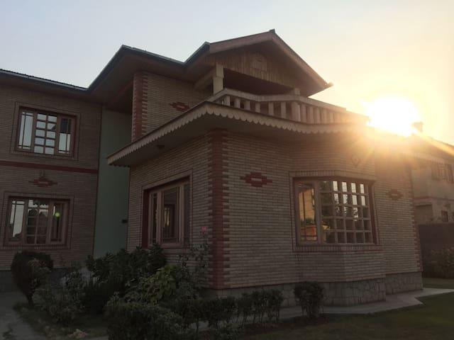 Fazili Villa