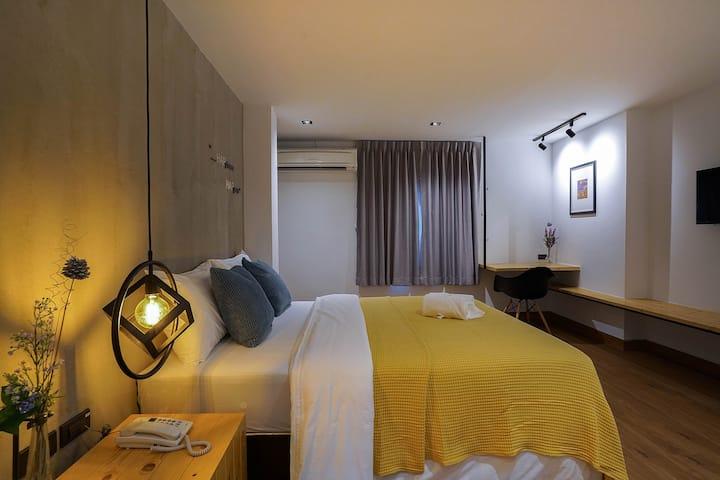Hap@sathorn hotel near Lumpini MRT station, siam
