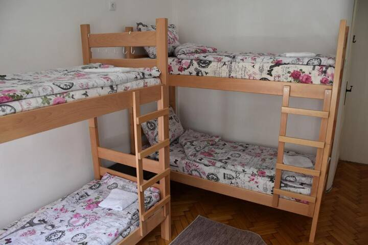 ♥Exit Labirint Centar ♥ Quadruple Room♥