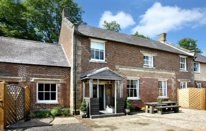 Castle Cottage, Wadhurst