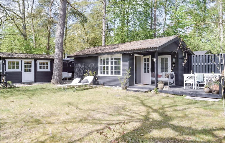 Holiday cottage with 1 bedroom on 45m² in Hornbæk