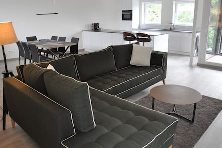 Modern XXL Appartement Red Rabbit 1 (1-6p)