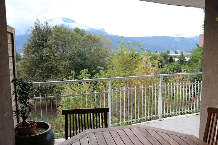 Appartement très calme proche Hôpital Sud, Alpexpo - Eybens - Apartamento