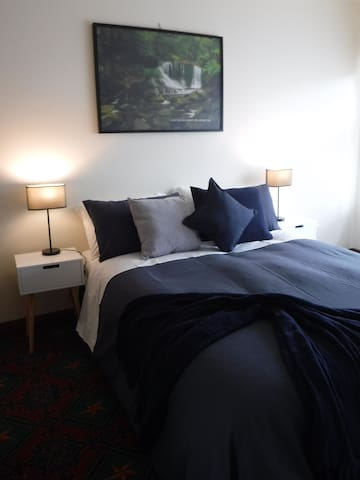 The Grand Lady Apartments-3mins CBD Wifi+Netflix - New Town - Daire